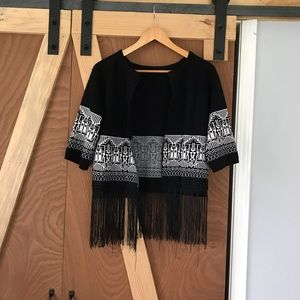 Vintage sweater with tribal design and fringe ⭐️
